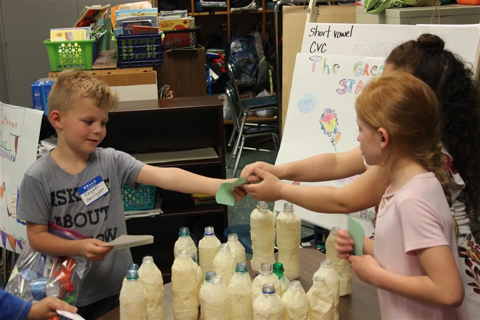 Smoketown First Graders Become Entrepreneurs